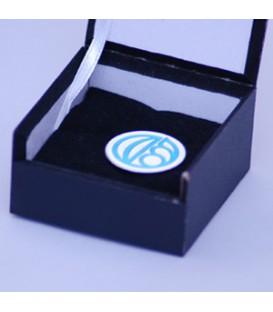 نشان سینه با قالب اختصاصی به همراه جعبه